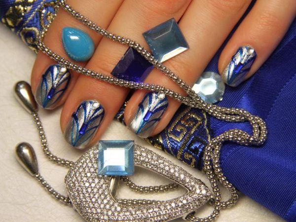 Необычные украшения для ногтей