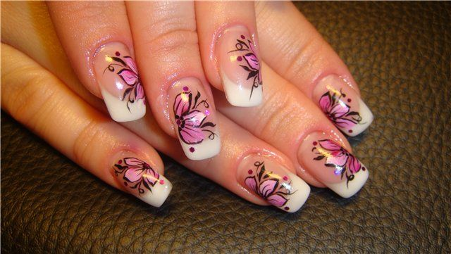 Создаем рисунок на ногтях акриловыми красками