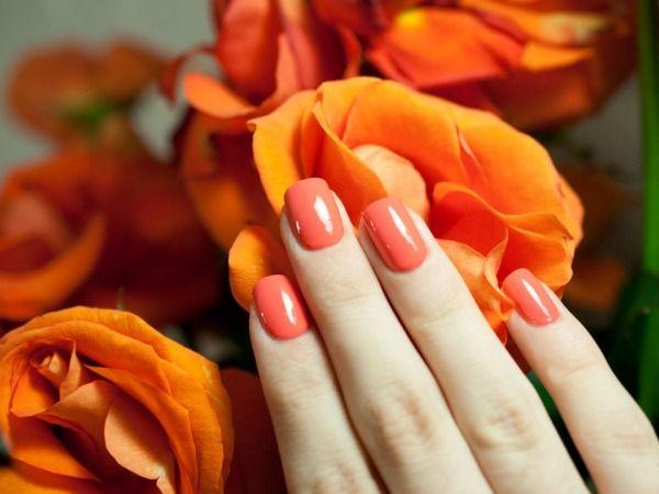Делаем коралловый дизайн ногтей с розами