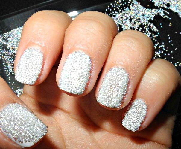 Белый маникюр на коротких ногтях: для тех, кто не может позволить длинные ногти, но хочет красивый маникюр