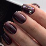 Дизайн ногтей с бордовым цветом