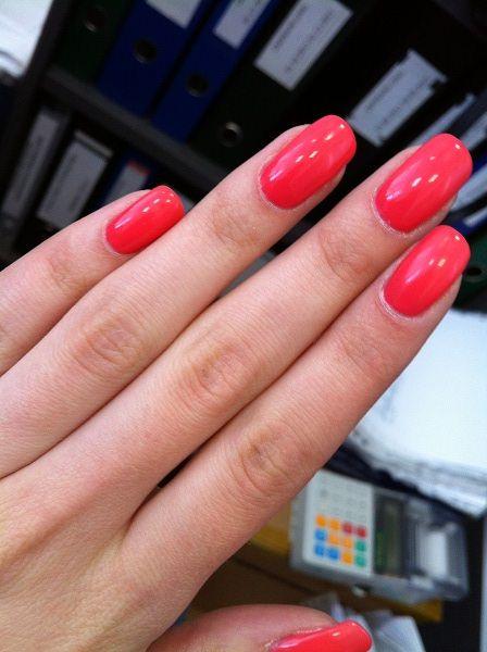 Сколько держится Шеллак на ногтях и другие особенности этого декоративного ногтевого покрытия