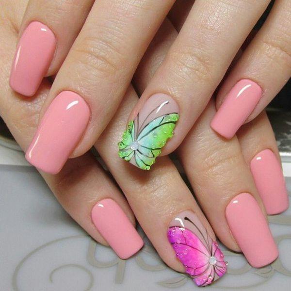 Маникюр с бабочками