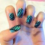 Летний маникюр с бабочками 2