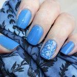 Маникюр нежно-голубого цвета