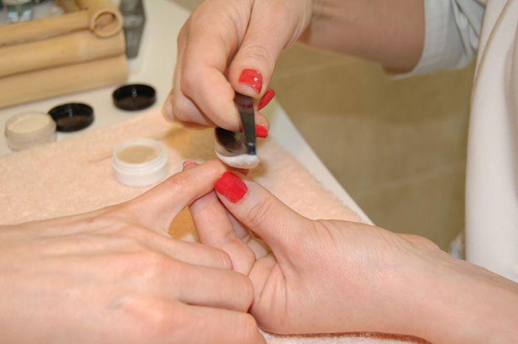 Лечение ногтей после шеллака