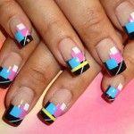 Разноцветный геометрический маникюр