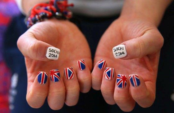 Британский флаг на ногтях: лучшие фото английского маникюра