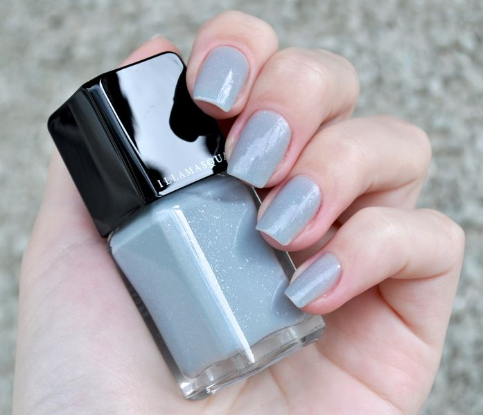14. Серый лак для ногтей, оттенки асфальта в маникюре: фото и видео