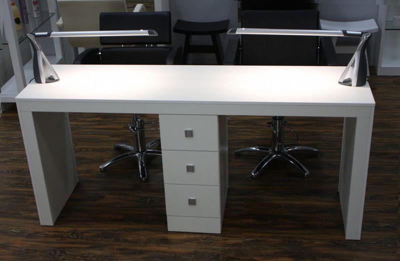 Маникюрный стол: размеры, конструкция, фото и правила выбора
