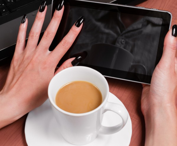 Быстро отрастить ногти: миф или реальность?