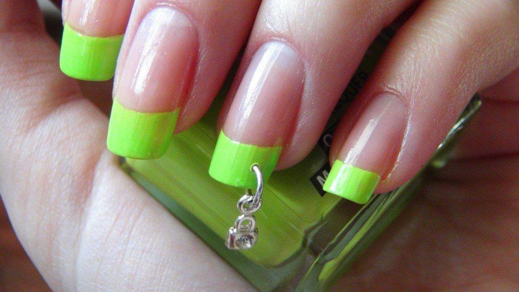 Пирсинг ногтей: делать или не делать?