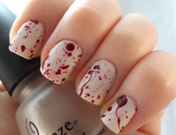 Откуда же мы узнали, что красить ногти – это красиво?