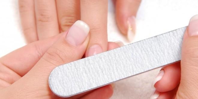 Снятие акриловых ногтей в домашних условиях