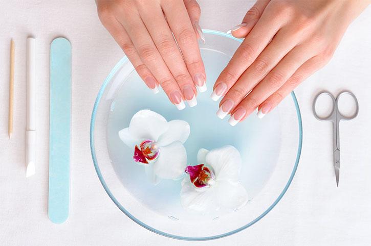 Советы девушкам по уходу за ногтями