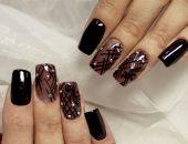 Маникюр темно-коричневого цвета