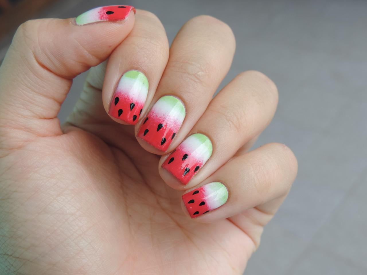 Как сделать рисунок арбуза на ногтях