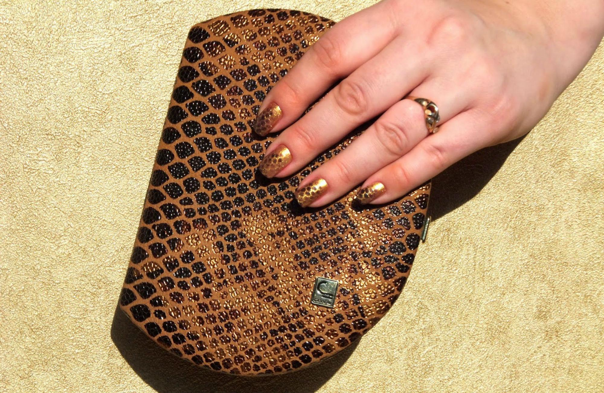 Маникюр с изображением рептилий и змеиной кожи на ногтях