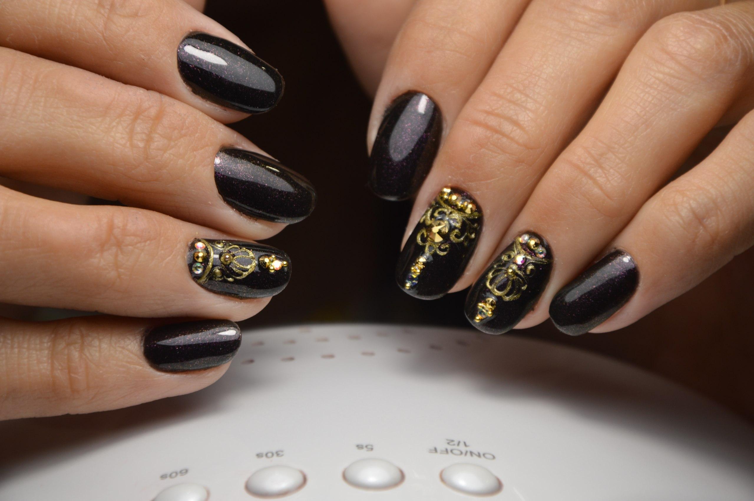 Как делать красивый маникюр с литьем на ногтях