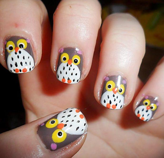 Милые совы в дизайне ногтей