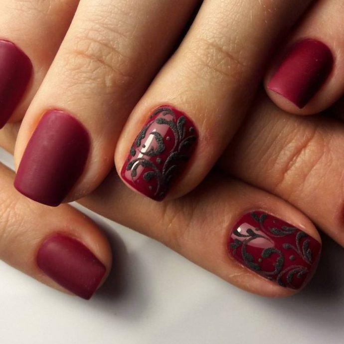 Дизайн ногтей к черному платью