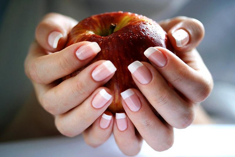 8 проверенных способов сделать ногти крепкими в домашних условиях