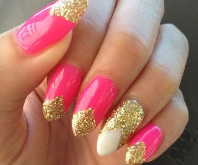 Розово-золотой маникюр