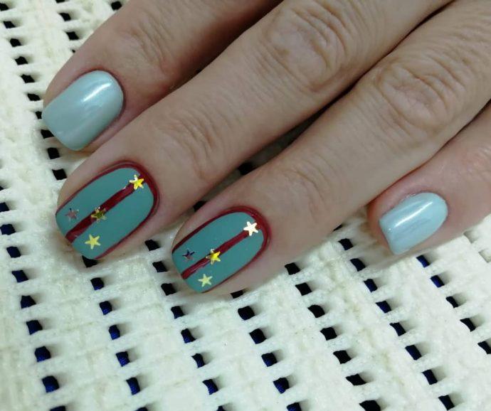 Дизайн ногтей с погонами