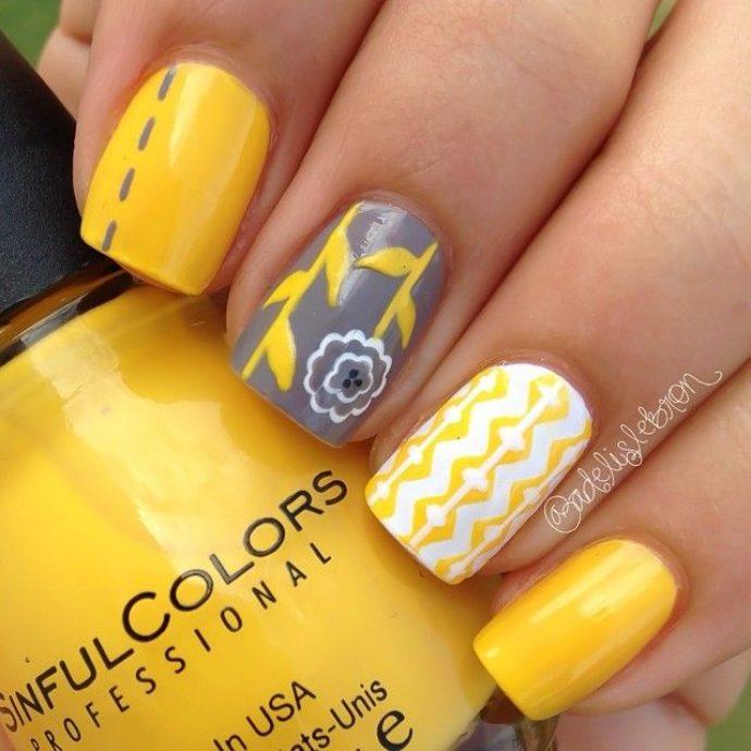 Идея дизайн ногтей желтого с белым и серым