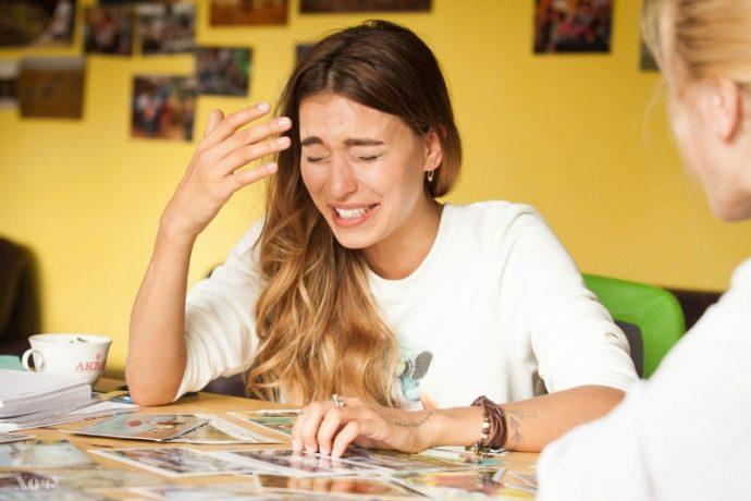 Регина Тодоренко с естественным маникюром