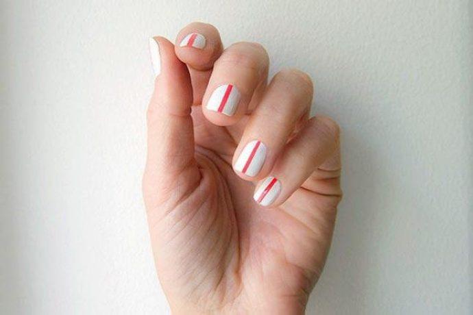 Контуринг ногтей белый с красным