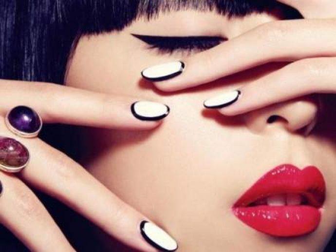 Контуринг ногтей белый с черным
