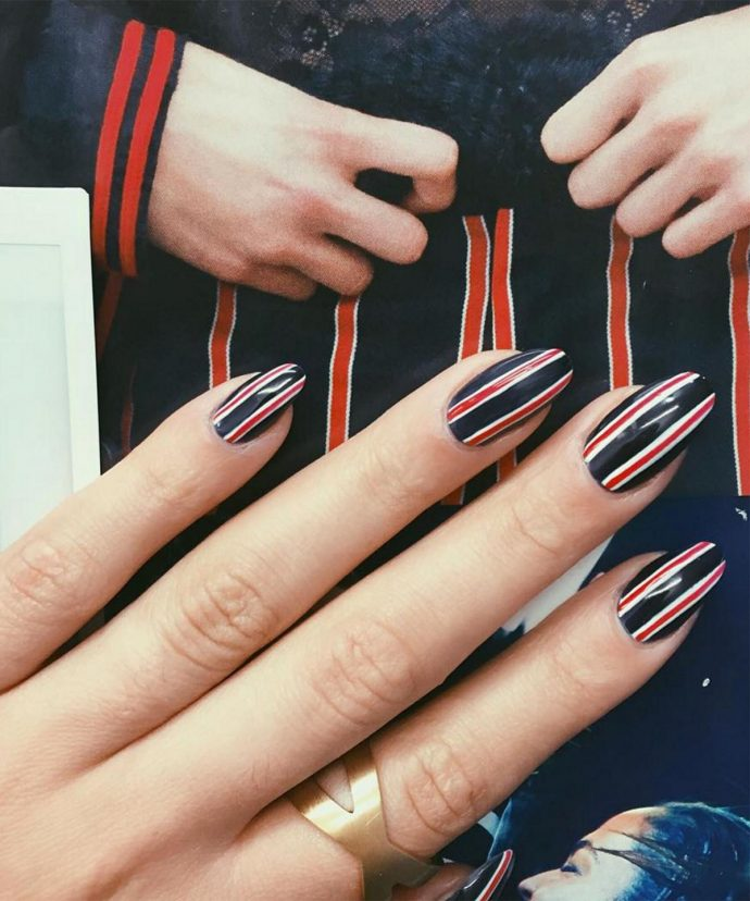 Контуринг ногтей черный с красным и белым
