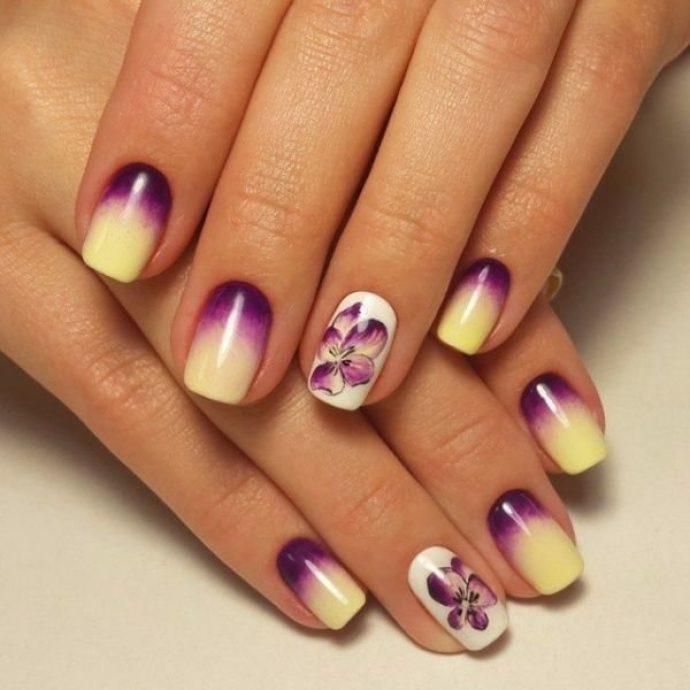 Градиентный маникюр фиолетовый с желтым