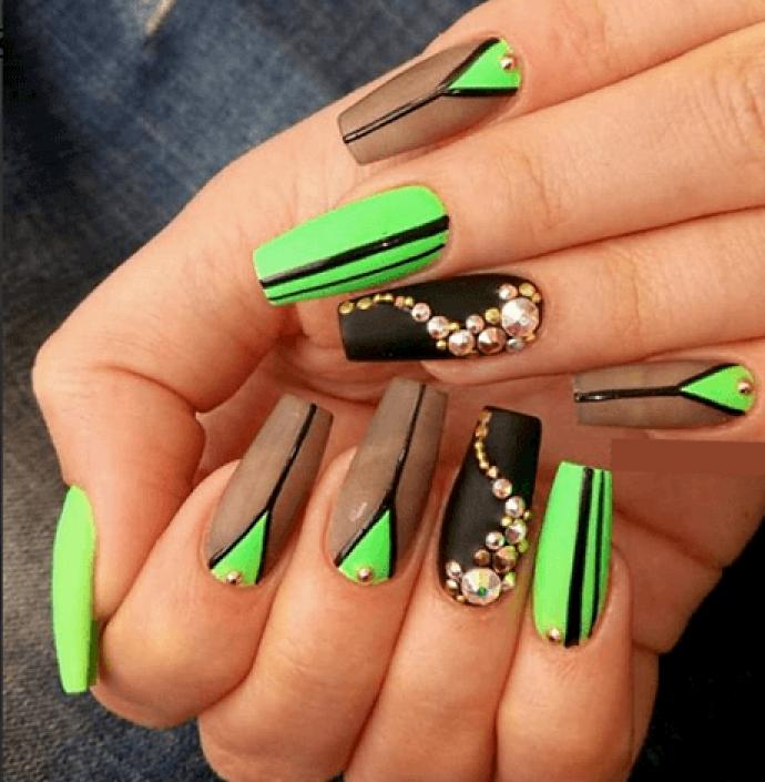 Оригинальный дизайн ногтей балерина