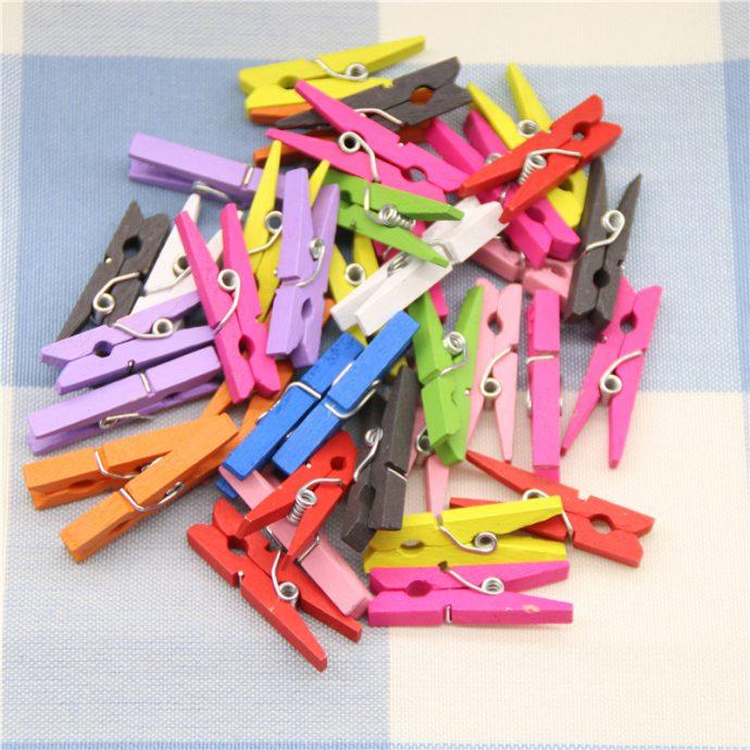 Прищепки, покрытые разноцветным лаком для ногтей