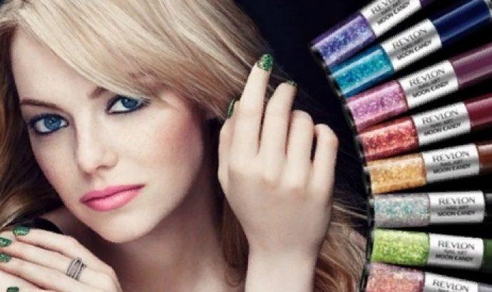 Эмма Стоун с маникюром зеленого цвета