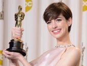 Энн Хэтэуэй на премии вручения Оскар