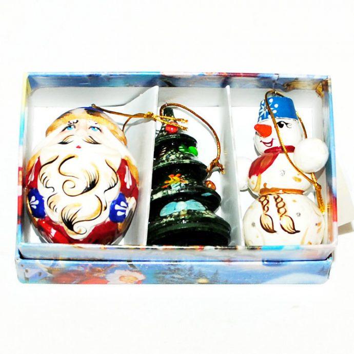 Новогодние ёлочные игрушки, расписанные вручную