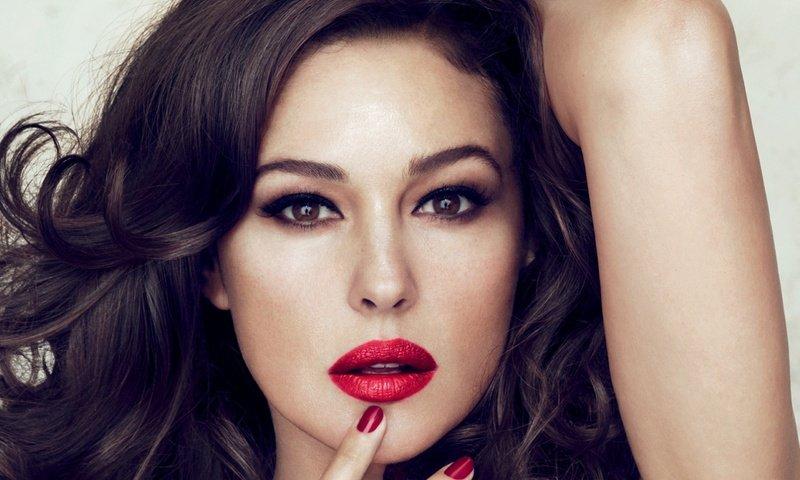 Что делать, чтобы выглядеть как Моника Беллуччи: секреты красоты и молодости