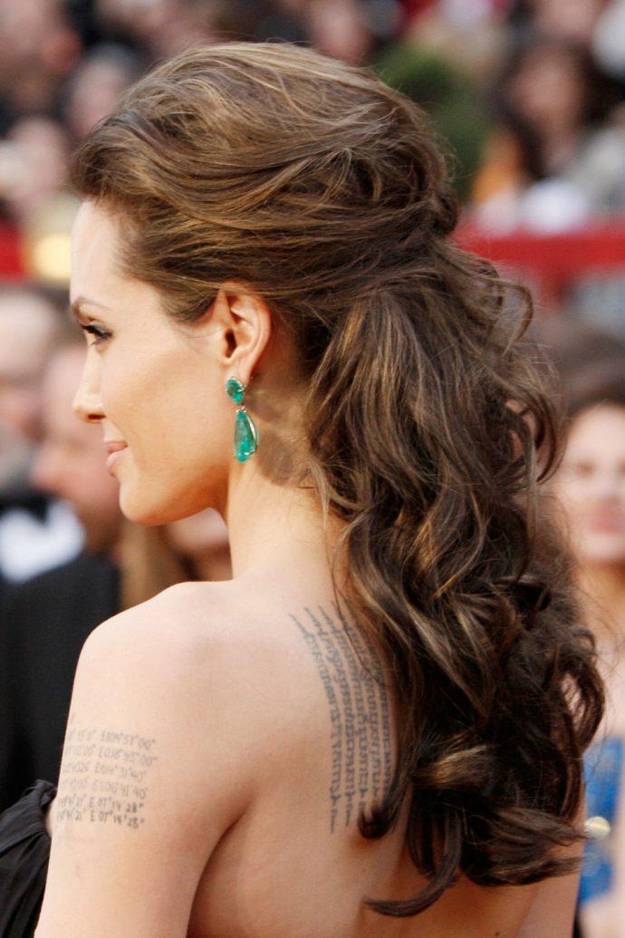 Волосы Анджелины Джоли
