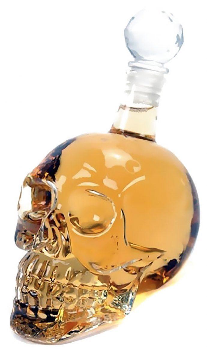 Оригинальное оформление графина для алкоголя