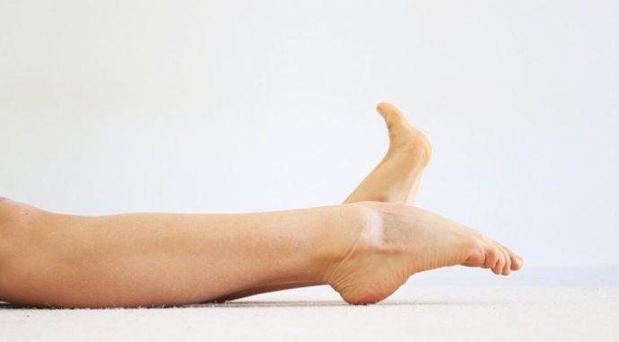 Вытягивание носков ног