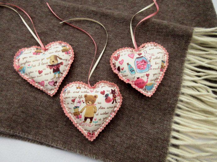Текстильные сердечки на 14 февраля