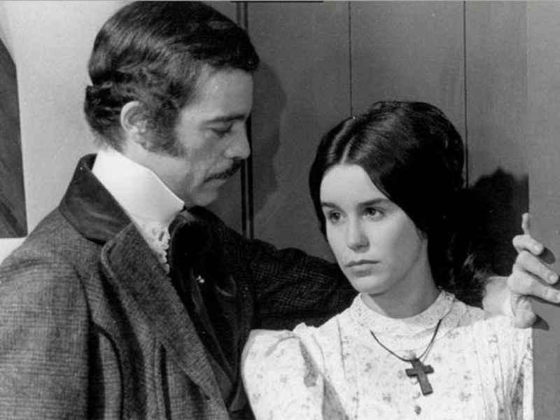 40 лет спустя: как сейчас выглядят актёры сериала «Рабыня Изаура»