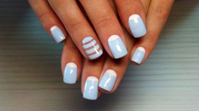 Лунный дизайн ногтей пастельных оттенков