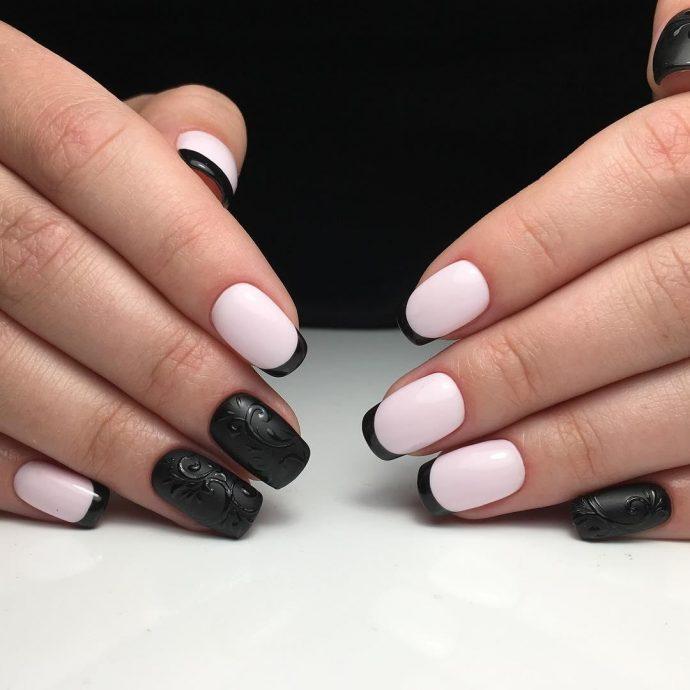 Маникюр френч черный с розовым