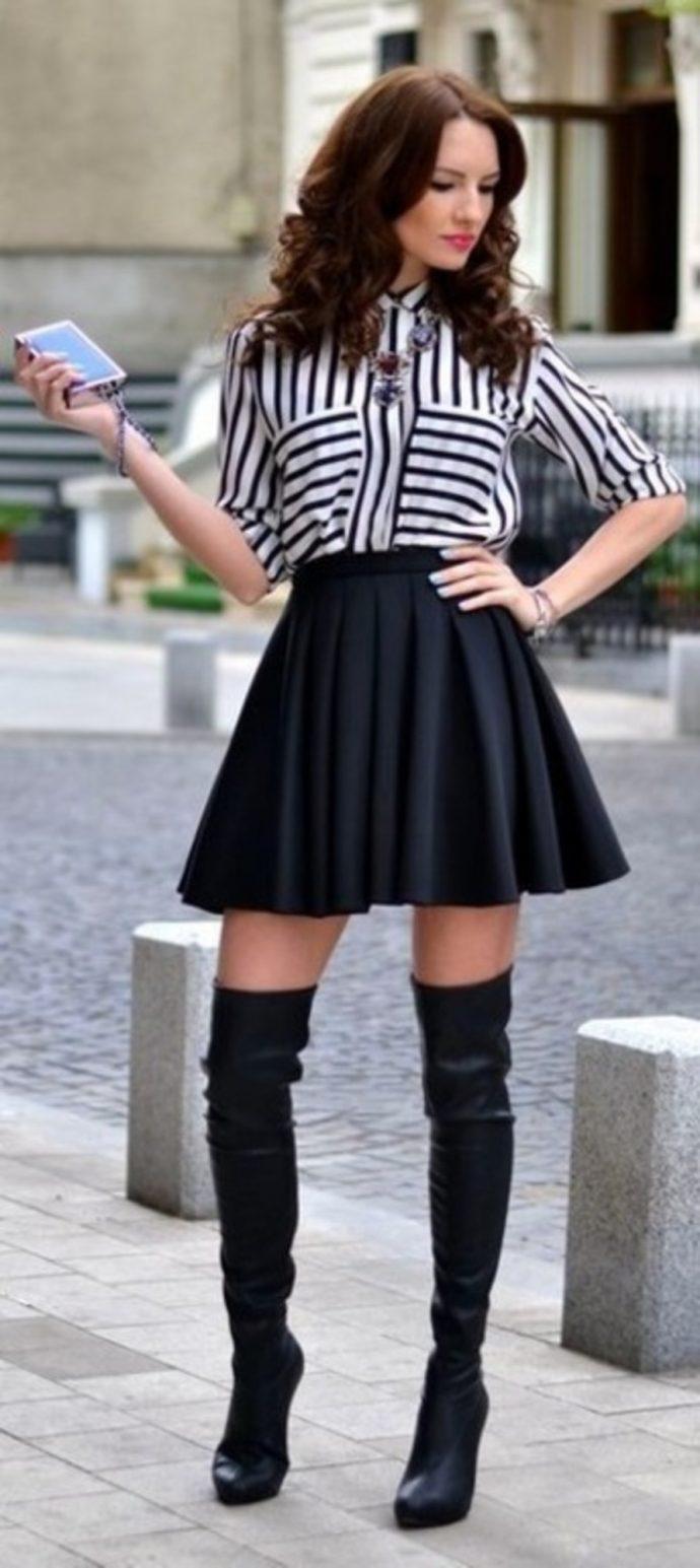 Образ с юбкой и ботфортами