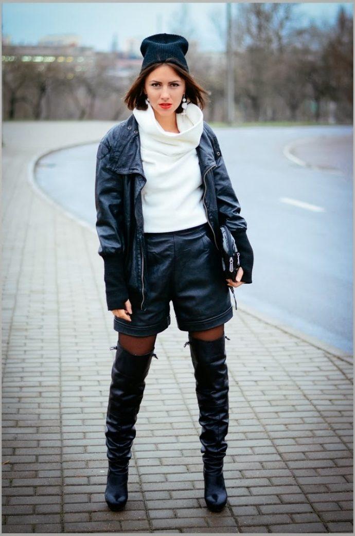 Образ с ботфортами и шортами
