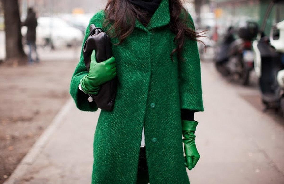 С чем носить зелёное пальто: 25+ стильных образов
